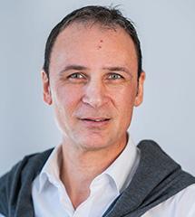 """Portraitbild vom Experten """"Reinhold Bernhard"""""""