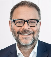 "Portraitbild vom Experten ""Dr. Christian Spera"""