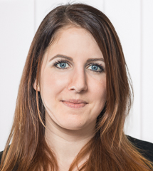 "Portraitbild vom Experten ""Tanja Szuchony"""