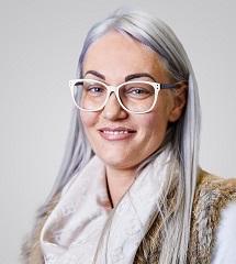 """Portraitbild vom Experten """"Julia Marcher"""""""