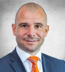 """Portraitbild vom Experten """"Hannes Schneiderbauer MBA"""""""